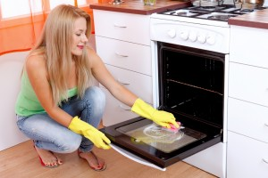 curatare eficace cuptor